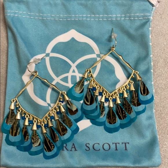 Kendra Scott Raven drop earrings